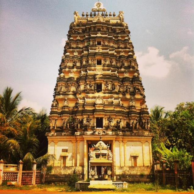 Sri-Lanka-temple-jaffna