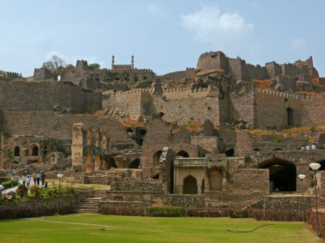 Golconda-Fort-3